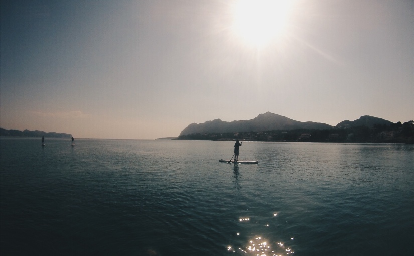 The Beginners Guide to Paddleboarding